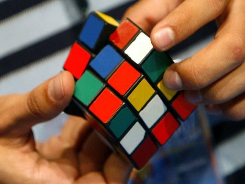 не слышал о кубике Рубика.